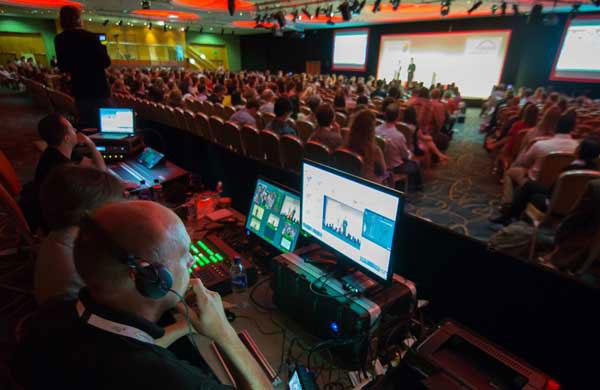 Конференции, конгреси и уебинари